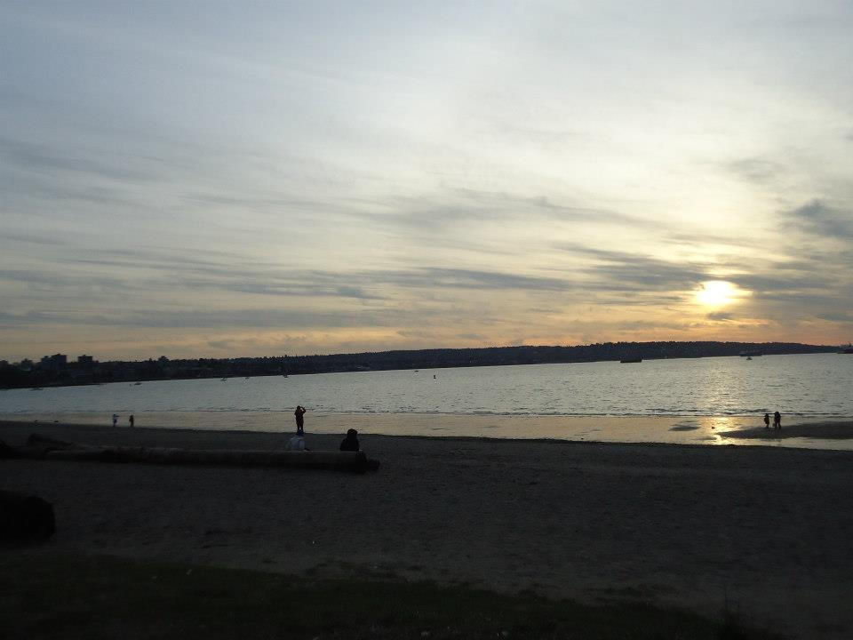 Sunrise English Bay Vancouver tour Ikigai Travel