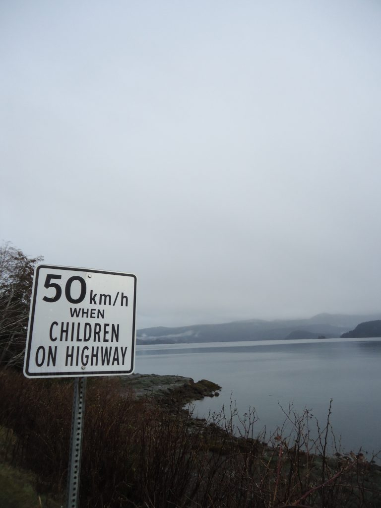 a travel guide to Haida Gwaii highway queen charlotte skidegate