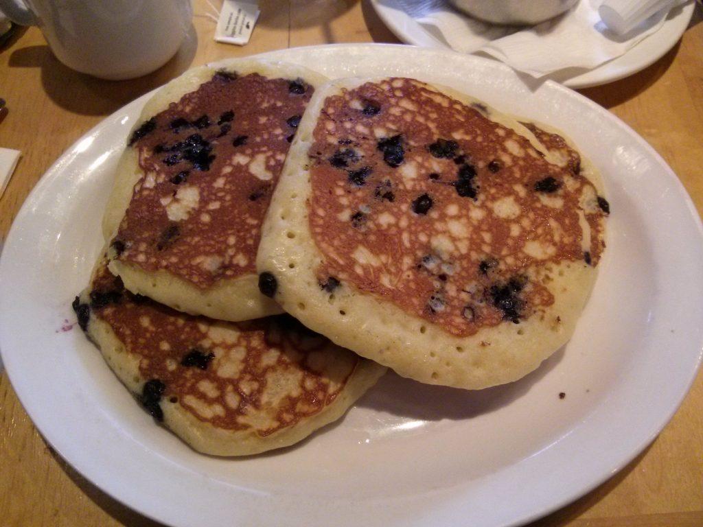 sightseeing in toronto pancakes rom toronto ontario canada ikigai travel