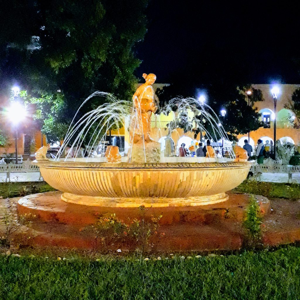 what to do in valladolid mexico plazas people watching parque francisco canton mexico travel ikigai travel